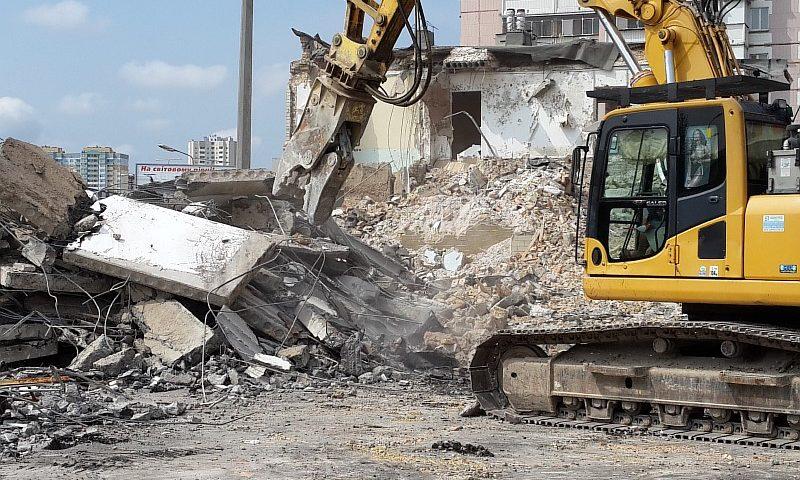 """Как происходит демонтаж здания от компании """"АпогейСтрой"""""""
